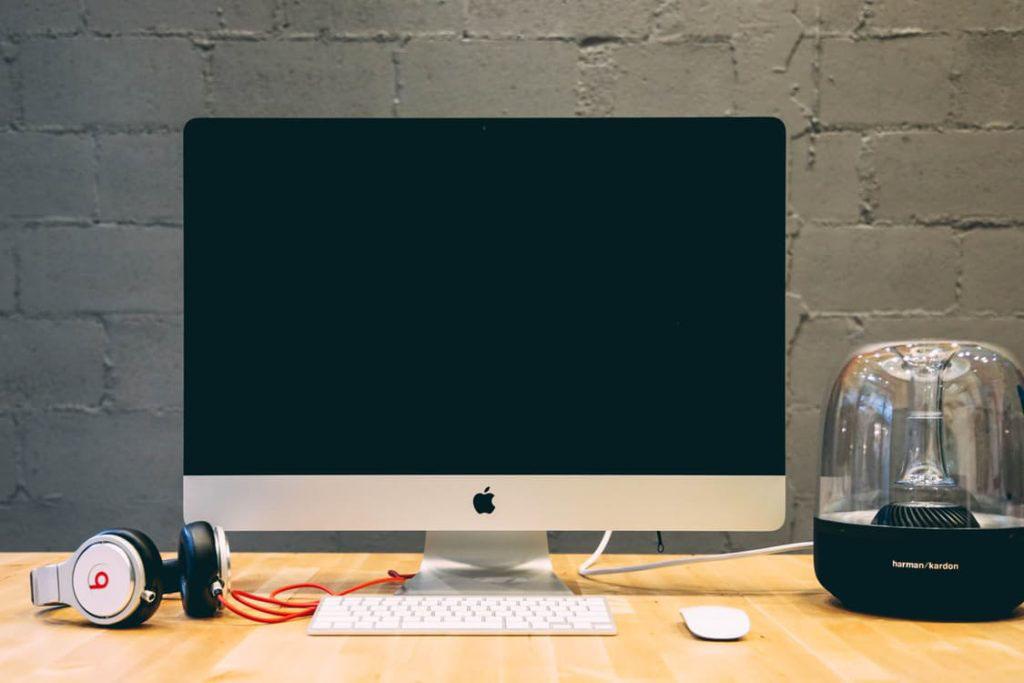 L'eccesso Di Web Conduce A Comportamenti A Rischio?