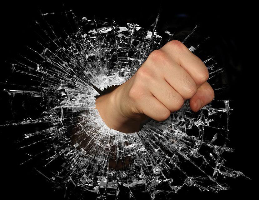 Messaggi Infuocati: Quando Il Web Diventa Un Ring