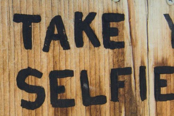 Turista #selfie: Quando La Destinazione La Scelgono I Like
