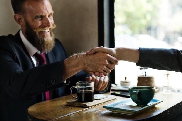 Comunicazione Persuasiva: Cos'è E Come Funziona?